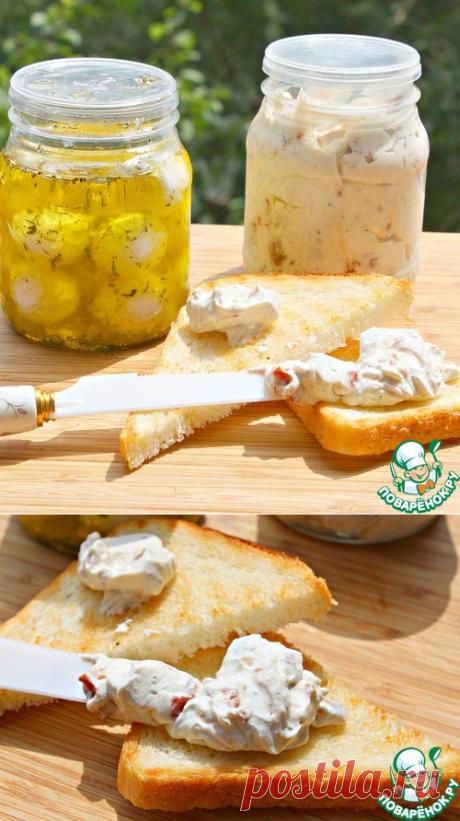 Мягкий сыр из простокваши, кефира, сметаны - кулинарный рецепт Мягкий сыр из простокваши, кефира, сметаны - Ингредиенты     Кефир(жирность 3.2%) — 400 мл     Сметана(жирность 20%) — 400 г     Простокваша(жирность 4%) — 400 мл     Соль— 1 ч. л.     Уксус(6%) — 1 ч. л.  Вариант 1      Масло оливковое     Специи(прованские травы сухие)     Чеснок(порезать пластинками) — 2 зуб.  Вариант 2      Томаты вяленые     Песто— 1 ч. л.