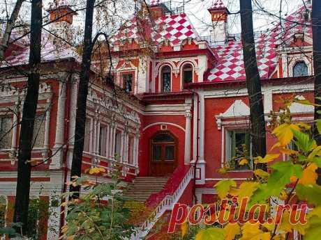 Юсуповский дворец в Большом Харитоньевском переулке в Москве. Часть 1.