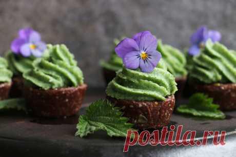 Изысканные шоколадные кексы с кремом из крапивы