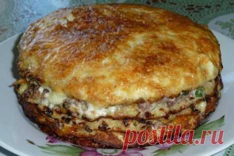 Капустный пирог с сырной прослойкой — удивил своим вкусом!