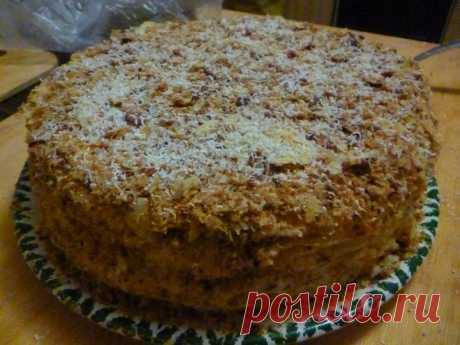 """""""Наполеон"""" - запись пользователя tgkh5501 (Татьяна) в сообществе Болталка в категории Кулинария Этот торт как и песочно-яблочный торт-пирог - то, что любят мои родные и близкие. Его я пеку на Новый год, на все дни рождения, по просьбе... В последний раз я его испекла вчера, на сегодняшний день рождения племянницы. Следующий будет через месяц.."""
