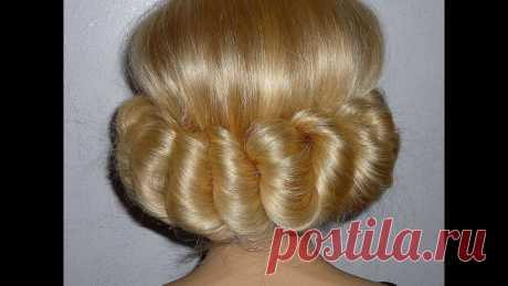 Причёска в греческом стиле с повязкой. Лёгкая причёска для средних и длинных волос Такая причёска подойдёт на каждый день, так как делается она самой себе довольно просто. Если взять нарядную повязку, то это также лёгкая вечерняя причёска с...