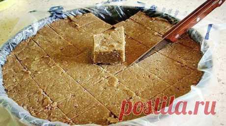 Домашняя халва - это сладость, которая не только вкусная, но еще полезная.