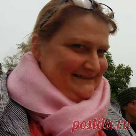 Katja Melle