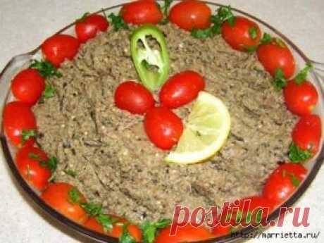 Паштет из баклажанов со вкусом печёнки - вкусный и простой рецепт Фото паштета из баклажанов (без муки): Фото паштета из баклажанов, предварительно обваленных в муке: Ингредиенты: 2 баклажана, 1/2 стакана муки - по желанию, 1/2 стакана растительного подсолнечного масла, 100-200 грамм свежих грибов (шампиньонов или др) 4 яйца соль, перец - по вкусу...