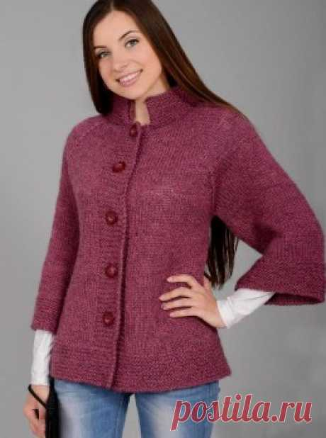 Knitting by a hook and spokes - the Jacket raglan a front smooth surface