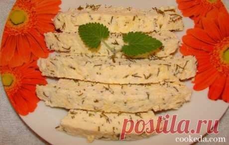 Домашний сыр из кислого молока с зеленью