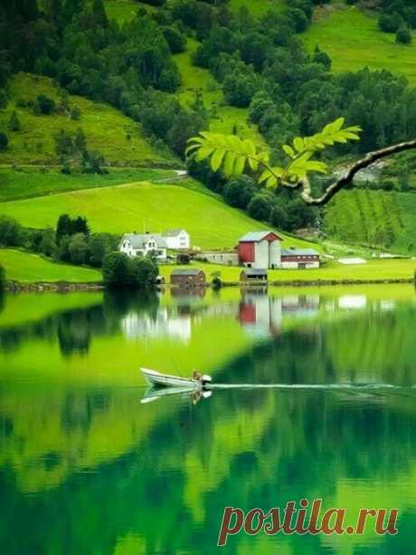 Осмельтесь время от времени жить в красоте тишины...  Жан Кляйн