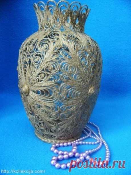 Филигрань из джутового шнура  Филигрань из джута – это целое искусство, которое позволяет создавать при помощи клея и ажурных узоров удивительно красивые изделия. Джутовая филигрань – это завитки или линии из материала, расположенные на поверхности, выбранной за основу. Джут – это слово, которое пришло к нам из Индии, это название растения, из волокон которого изготовляют нити, канаты, мешки. Он является натуральным текстильным волокном.