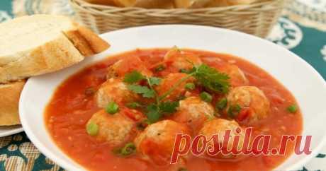 Томатный суп с рисом и мясными фрикадельками Томатный суп с рисом и мясными фрикадельками - пошаговый кулинарный рецепт приготовления с фото, шаг за шагом.