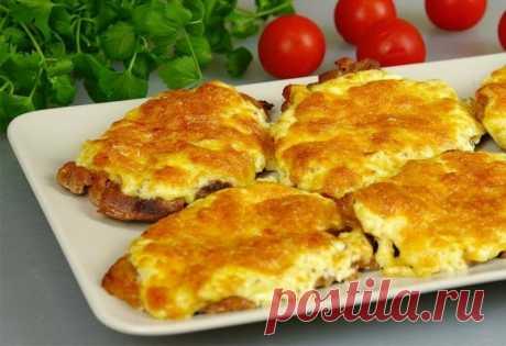Свиная вырезка в духовке с сыром и чесноком — Sloosh – кулинарные рецепты