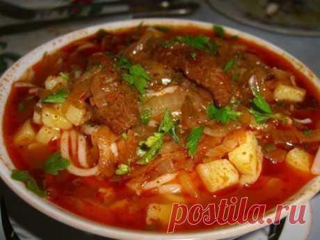 La sopa uzbeka espesa - lagman