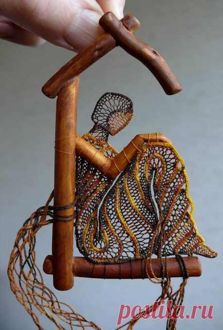 Тончайшие кружевная вышивка художницы Агнес Херцгег