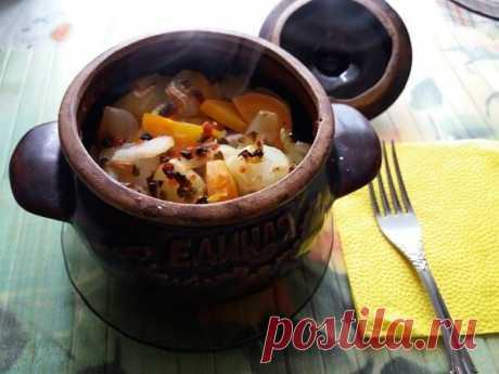 Курица в горшочках с картошкой и овощами в духовке | Будьте здоровы! | Яндекс Дзен