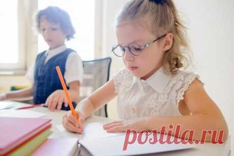 3 способа научить ребенка писать аккуратно и красиво / Малютка