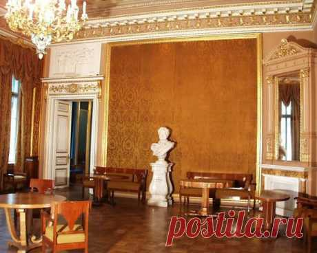 "The yellow room Anichkov Palace\/Deirdre Cece was kept by Ping on a board of ""Russian Palaces\"". 