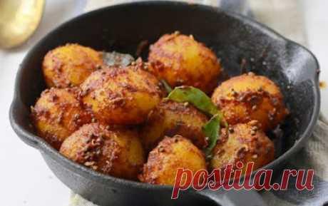 Вот как готовят молодой картофель в Индии