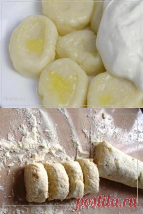 Ленивые вареники с медом и сметаной | Рецепты вкусно
