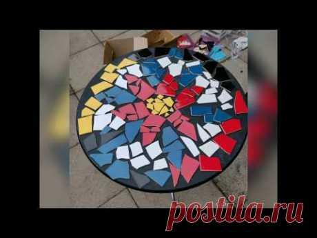 Как сделать мозаичный столик из керамической плитки и эпоксидной смолы.