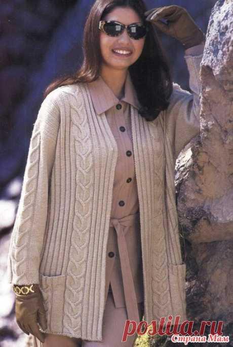 La chaqueta con la cinta vertical - la Labor de punto por los rayos - el País de las Mamás