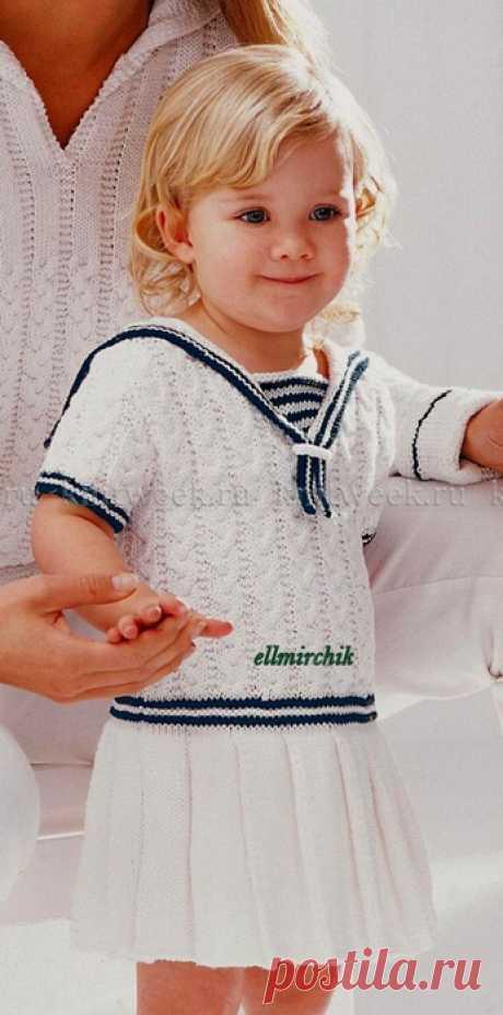 Платье для девочки в морском стиле спицами.