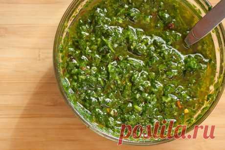 Чимичурри - зеленый соус для жареного мяса. Рецепт