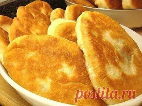 Тонкие пирожки с картошкой Крестьянские - Вкус.... Просто не передать словами! Бархатистое тонкое тесто с толстым слоем картофельной начинки. Нежнейшими получаются и тесто, и начинка.... Самые простые крестьянские ингредиенты, но