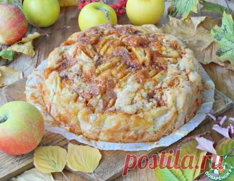 """Яблочный пирог """"Карамельная гармошка"""" – кулинарный рецепт"""