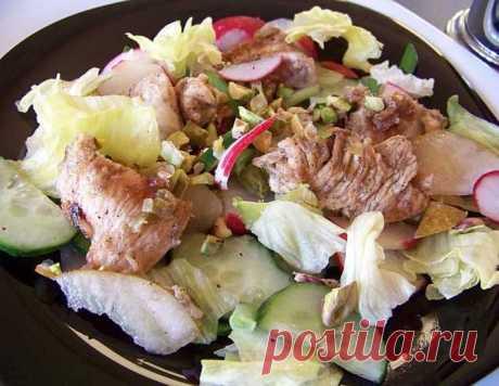 "Салат ""Птица и груша"" – кулинарный рецепт"