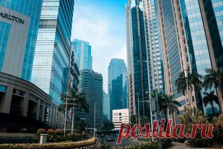Бизнес центры, белоснежные пляжи и самая низкая нация в мире. Джакарта.