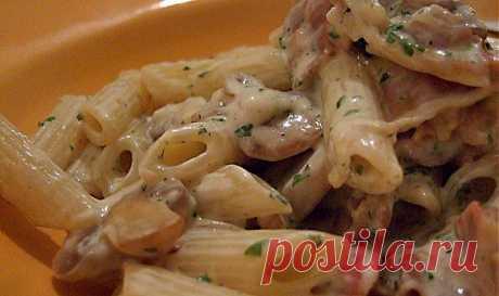 Паста с беконом,грибами и горохом.Итальянское меню. | Итальянское меню