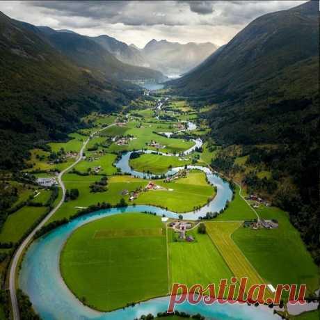 Невероятно красивая долина в Норвегии