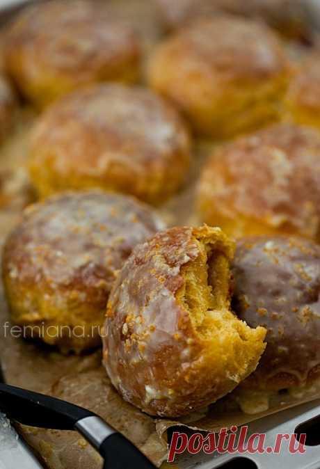 Los panecillos vkusneyshie de calabazas en el horno con el relleno de naranja | FEMIANA