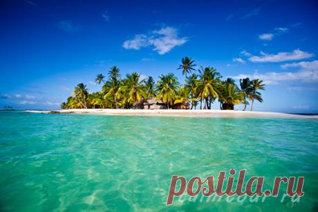 Панамские острова Сан-Блас! Панамские острова Сан-Блас – великолепная красота коралловых рифов.  Сан-Блас – это россыпь островов, окружённая великолепной красоты коралловыми рифами. Всего их 350, но лишь на 50 есть жизнь. Бирюзовая вода окружает острова с высокими зелёными пальмами и хижинами местных племён.