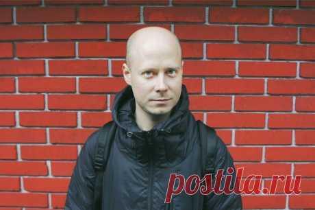 Главный редактор «Медузы» Иван Колпаков подал в отставку после скандала из-за неподобающего поведения