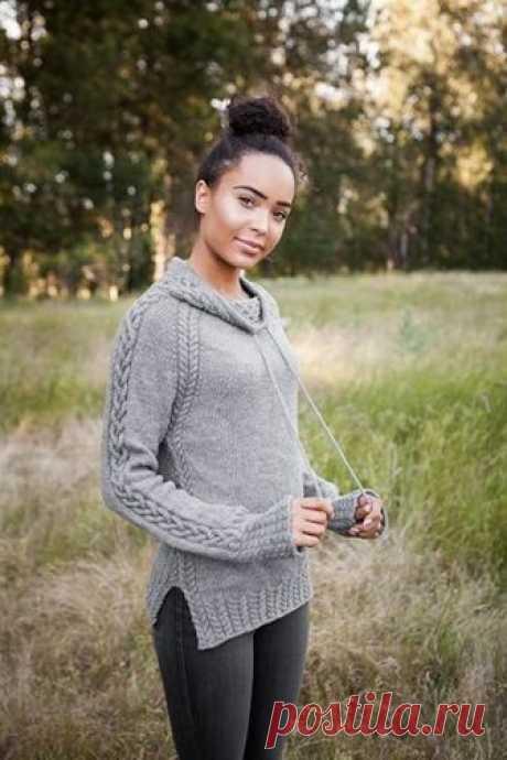"""Женский пуловер """"Harley""""  Женский пуловер в спортивном стиле имеет необычный воротник со шнурком и рукава фасона «реглан».   Описание пуловера от дизайнера Jenny Williams переведено из книги """"Twist & Tweed""""."""