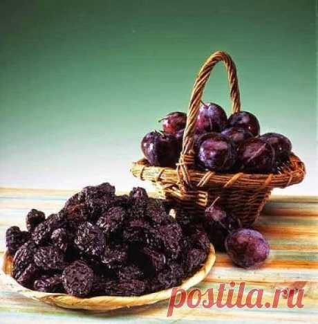 What will help to keep a bone tissue? Prunes!