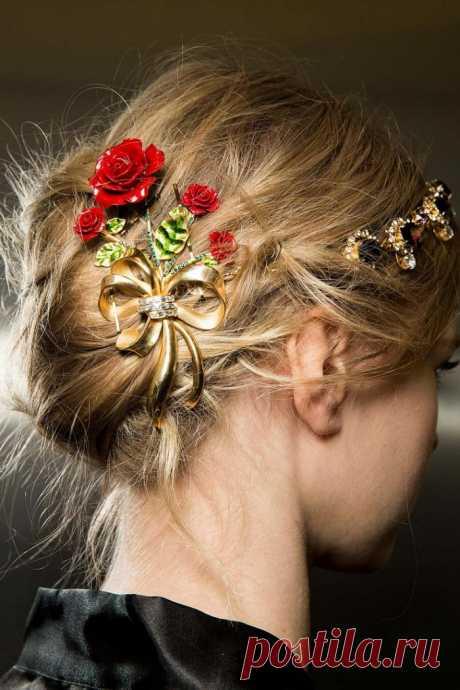 23 прически на осень 2019. Что будет в тренде? Модные и оригинальные прически на осень 2019 года для длинных, коротких и средних волос. Модные тренды осенне-зимнего сезона в женских укладках. Пошаговые инструкции.