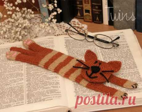 Twins' Knitting Pattern MiniShop: Cat Bookmark - knitting pattern (in English)
