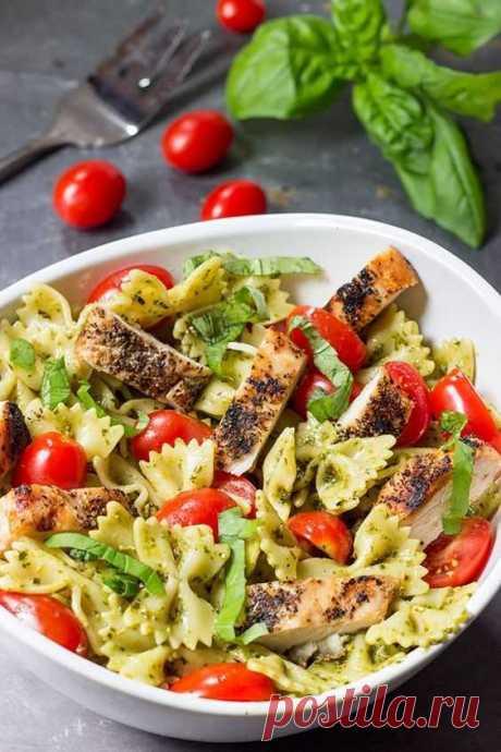 10 вкусных, быстрых и простых салатов на скорую руку - GrayFruit Когда гости уже на подходе, а на столе всего два блюда, вас выручат рецепты простых...