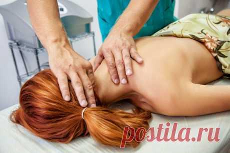 Мануальные техники при головной боли и дискомфорте в шее .Записавшись на сеанс легче избавиться от мышечного напряжения,спазма,защемления нерва.