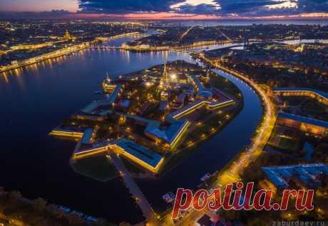 Петропавловская крепость, Санкт-Петербург. Автор фото — Станислав Забурдаев: Добрых снов.