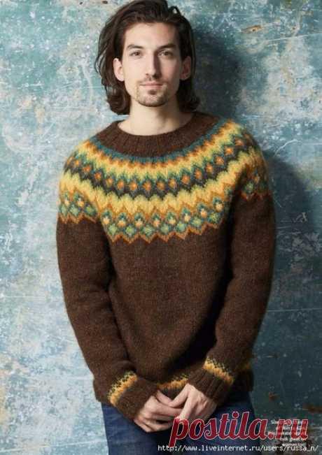 Мужской пуловер с жаккардовой кокеткой  Размеры S -M- L-XL