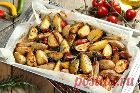 Картофель запеченный с луком в духовке – пошаговый рецепт с фото.