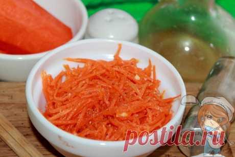 Морковь по-корейски без уксуса. Рецепт домашней корейской моркови Яркая солнечная морковь по-корейски может быть приготовлена без уксуса. Его роль прекрасно исполнит лимонный сок. Получится очень интересно и более полезно.