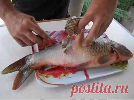 Как почистить рыбу в квартире и не испачкать кухню чешуей. How to clean fish.
