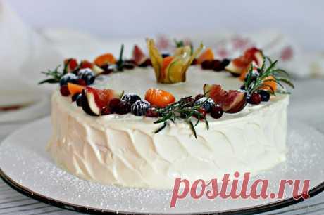 La torta «la muchacha De leche» con la crema maskarpone