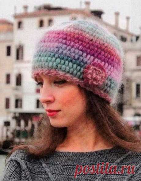 Уникальной красоты шапочка