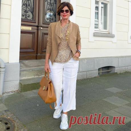 Лучше выглядеть модной леди, чем бабушкой неопределённого возраста. Стиль женщины 60+ | Мне 50 | Яндекс Дзен