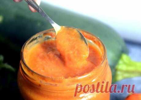 Случайно придумала рецепт острого соуса из кабачков и помидоров. Делаю уже больше 10 лет и не надоедает  А в оригинале? Пробовали или сама придумала?